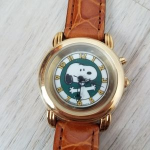 New! Armitron | Peanuts Snoopy Leather Watch